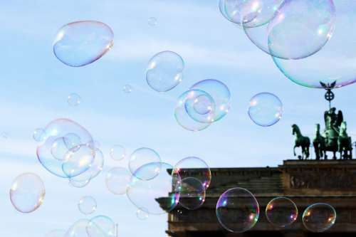 Berlin Soap Bubbles Brandenburg Gate Street Artists