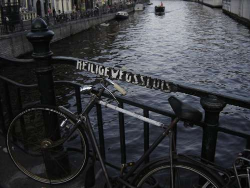 Bike Amsterdam Channel Holland