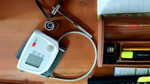Blood Pressure Monitor Reflex Hammer Investigation