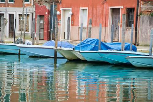 Boats Quiet Water Calm Channel Venice Italy