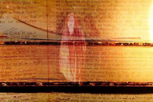 Book Old Spirit Light Font