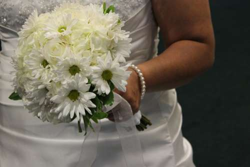 Bride Bride Flowers Wedding White Flowers White