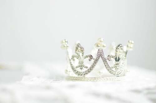 Bright Crown Crystals Diamonds Gems Glisten