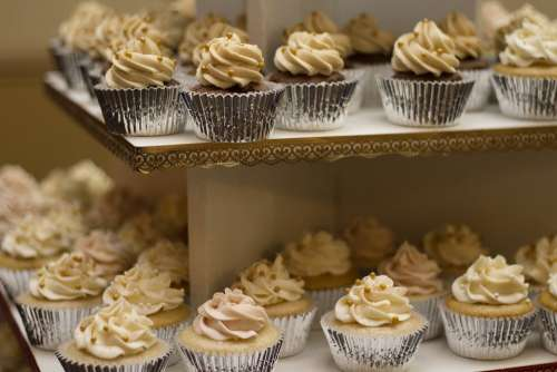 Cakes Cupcakes Cake Shop Dessert Sweet Food Icing