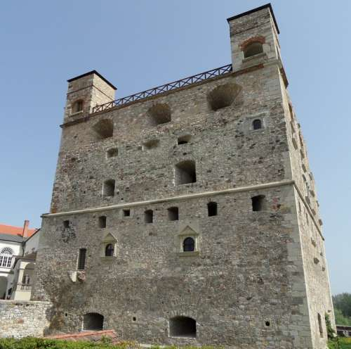 Castle Kővár Building