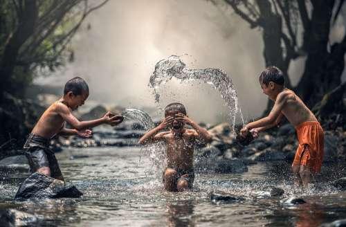 Children River Water The Bath Splash Boys