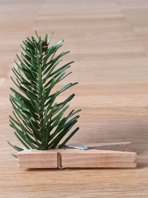 Christmas Tree Clothes Peg Advent Map
