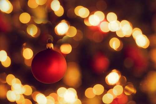Christmas Tree Christmas Bauble Christmas Bokeh Red
