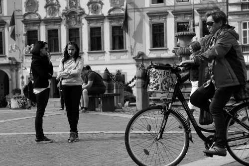 Ciclista Round Square Czech Budejovice