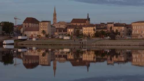 City Dordogne Bergerac France Buildings Evening