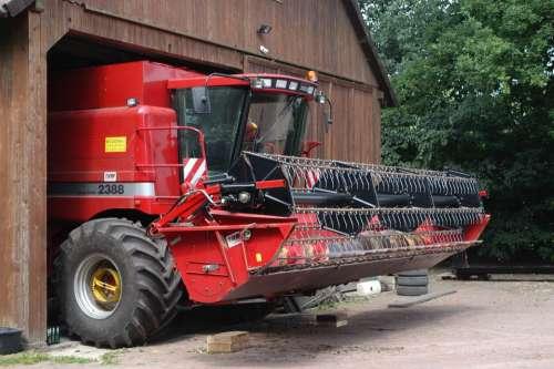 Combine Harvester Agriculture Farm Harvest