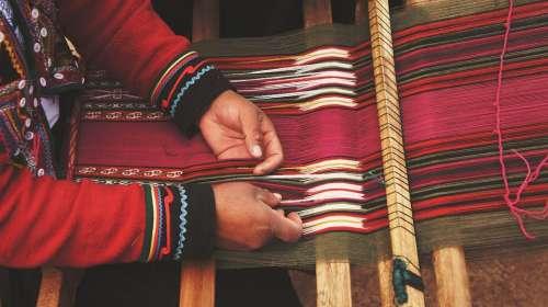 Craftsman Loom Craftsmanship Hands Person Thread