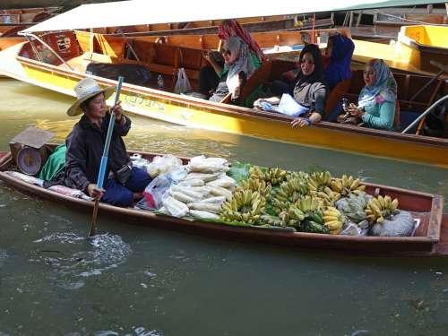 Damnoen Saduak Floating Market Thailand Traditional