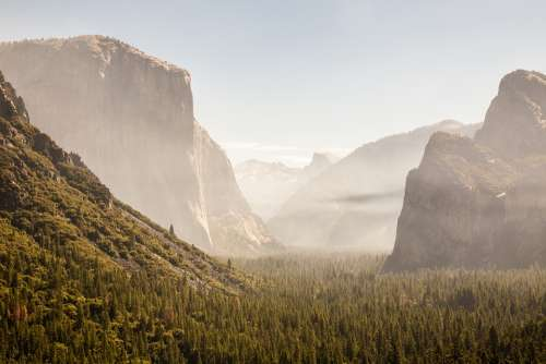 Daylight Yosemite National Park El Capitan