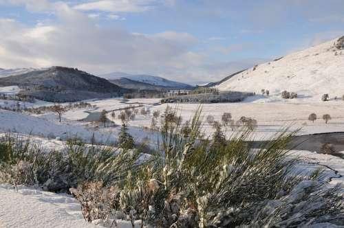 Dee River Water Scottish Deeside Scotland