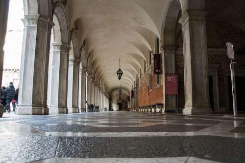 Doge'S Palace Venice Gang St Mark'S Square Building