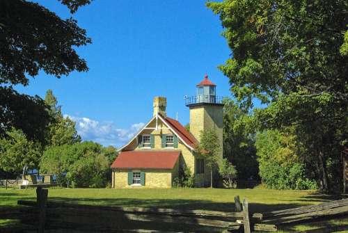 Eagle Bluff Light Lighthouse Light Peninsula State