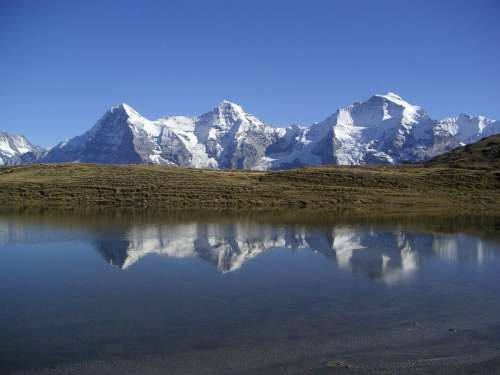Eiger Monk Virgin Mountains Grindelwald Winter