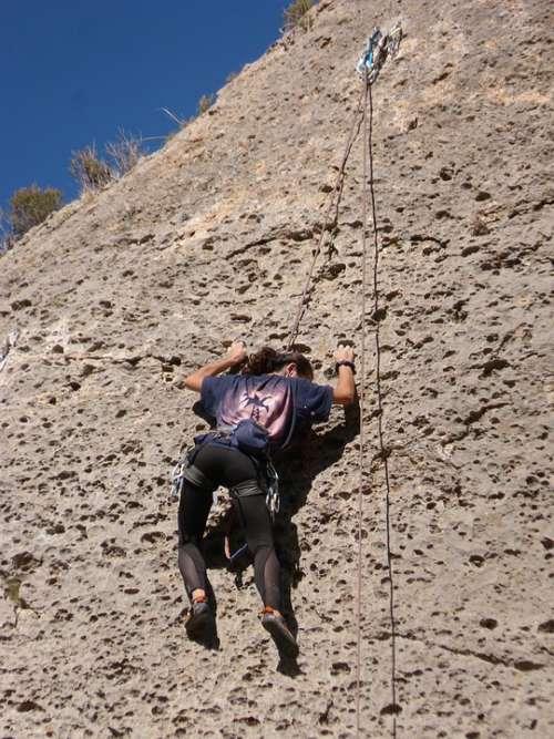 Esclada Climber Rock Margalef Priorat Cataluny