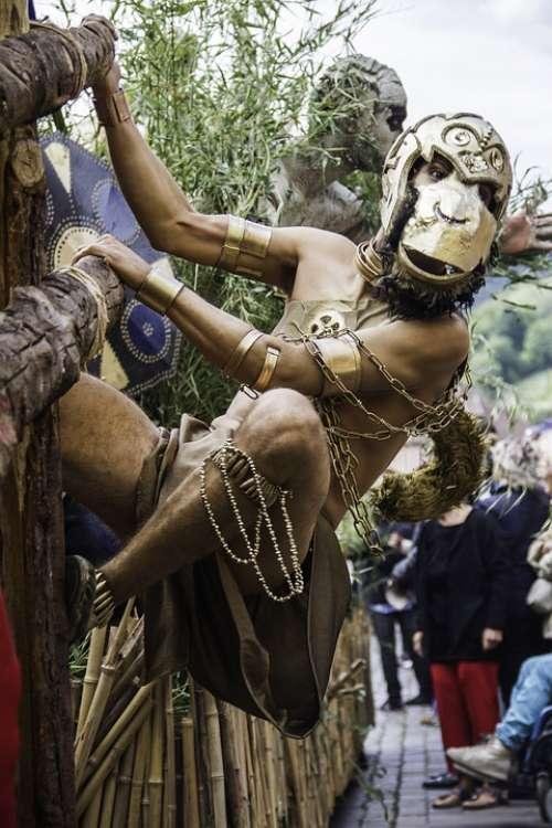 Festival Disguise Monkey Torso Alsace Ribeauvillé