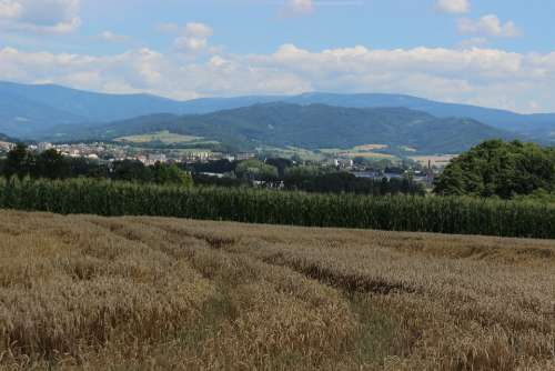 Field Mesto Mountains Landscape Nature Sky
