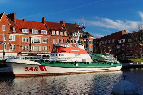 Fire Ship Sar Emden East Frisia Port
