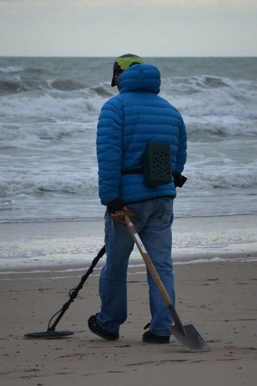 Fortune-Hunter Man People Sea Beach