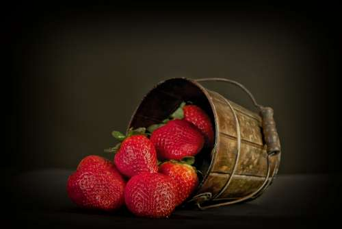 Fruit Strawberries Red Sweet Food Basket