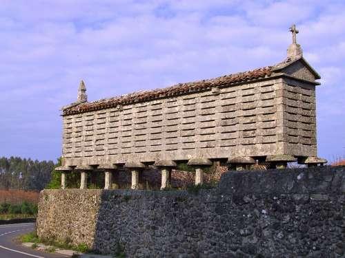 Galician Horreo Hórreo Horrio Corn And Wheat Barn