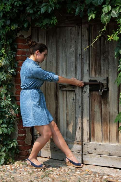 Garden Secret Door Campaign Vintage Woman Girl
