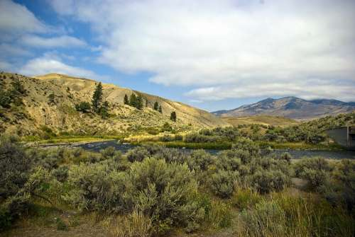 Gardner River Valley River Valley Yellowstone