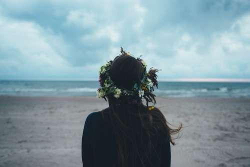 Girl Wreath Beach Viewing Woman Fantasy Sea