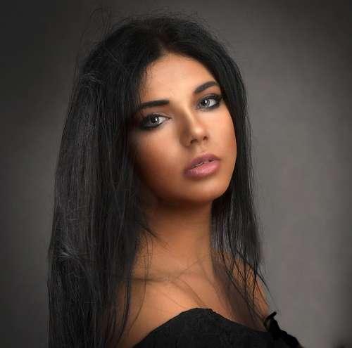 Girl Beauty Woman Portrait Face Brunette Dark