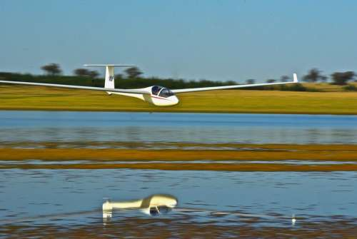 Glider Reflection Lake Sailplane Gliding
