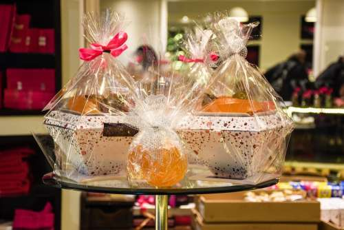 Gourmet Shop Boutique Bakery Gift Wrapped Luxury