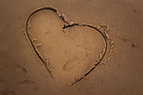Heart Love Romanticism Romantic Falling In Love