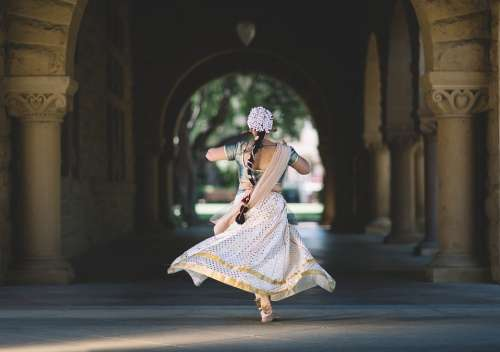 Hindu India Woman Dance Tradition Dress Wedding
