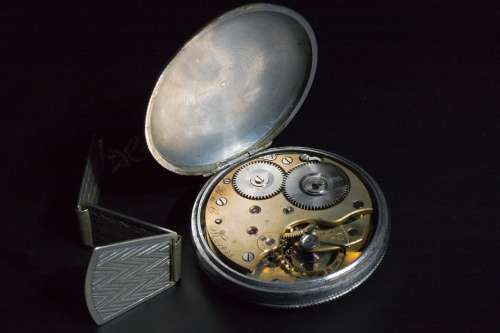 Hour S Time Old Pocket Watch Silver Wind-Up