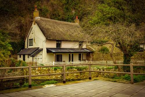 House Cottage Rural Building Home Architecture