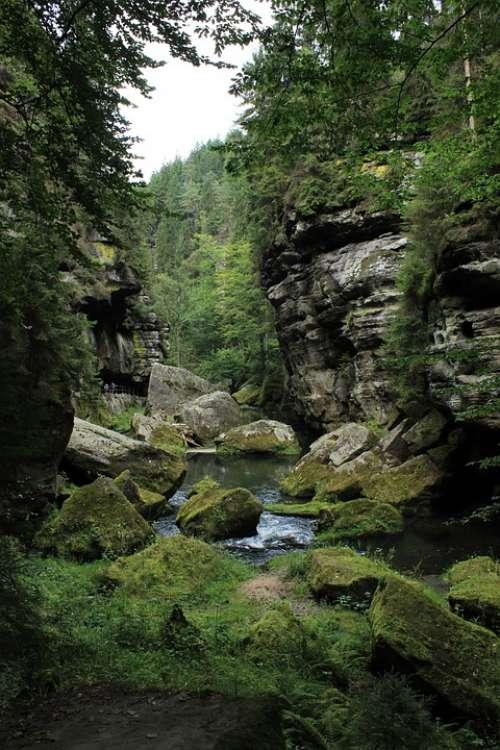 Hřensko Rocks Czech Switzerland River Gorges Water