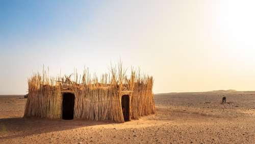 Hut Desert Africa Dry Sand Arid Straw Sky