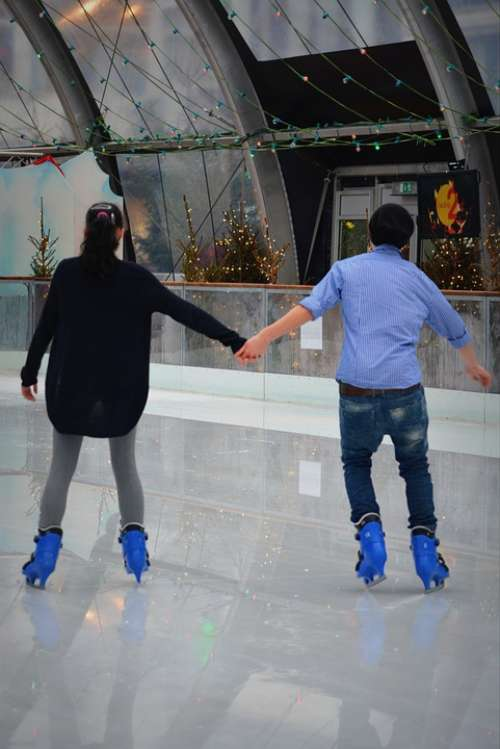 Ice Skating People Torque Connectedness Couple