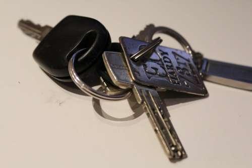 Key Keychain Door Key House Keys Metal Close To
