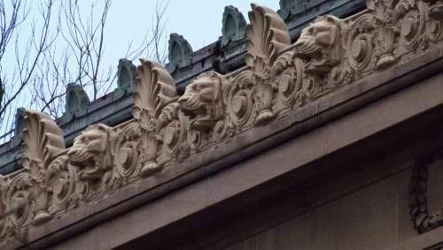 Lion Heads Gargoyles Water Spouts Roof Sculpture