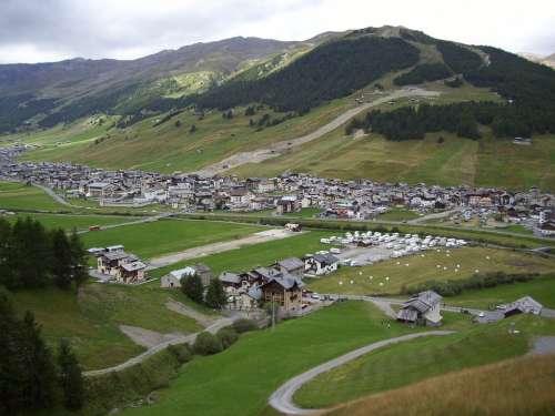 Livigno Mountain Landscape Italy Holiday