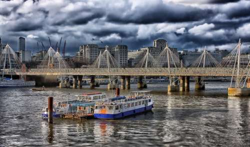 London England Hdr Boats Ships Bridge Buildings