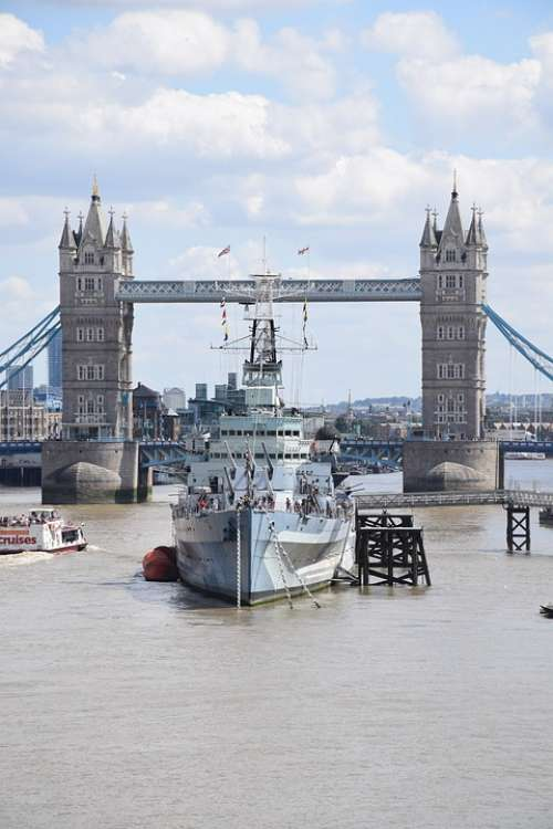 London Uk Great Tower Bridge Hms Belfast Thames