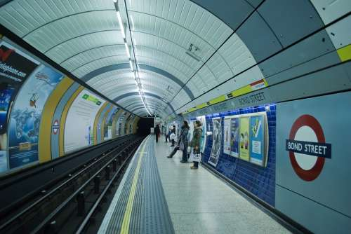 London Metro Tube Bond Street City England