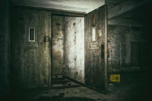 Lost Places Keller Elevator Underground Dark