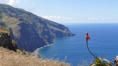 Madeira Mountains Island Hiking Landscape Ocean